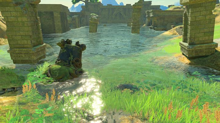Un ancien gardien dans l'étang au nord-est du plateau (Screenshot - Screenshots de l'E3 2016- Breath of the Wild)